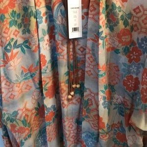 4915e216b32e02 Elizabeth and James Tops - Brand new Elizabeth and James chance silk blouse
